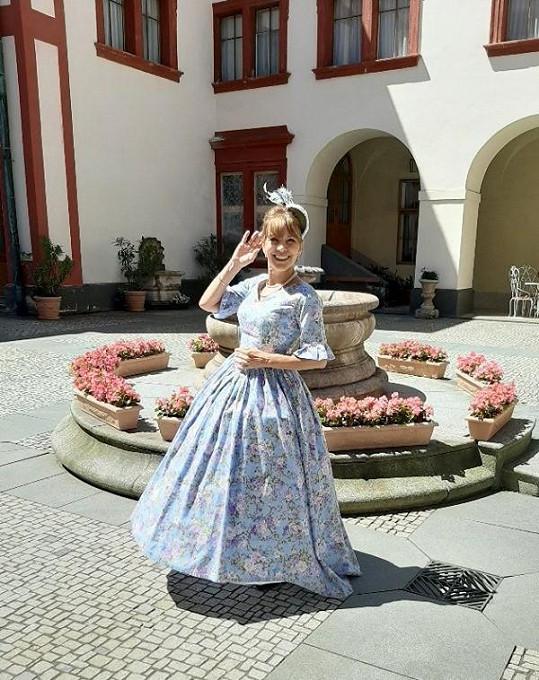 Dolinová v létě prováděla návštěvníky na zámku Zákupy na Českolipsku.