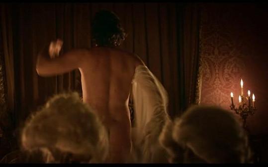 ...a bude k vidění i zcela nahý.