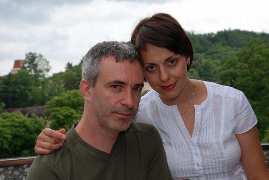 Petr Vacek se svou ženou Jiřinou Mencákovou.