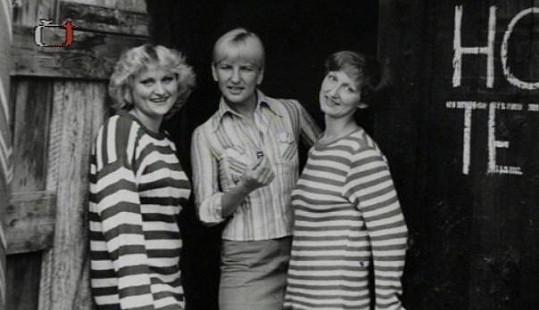 Jana Koubková se skupinou Hot Tety.