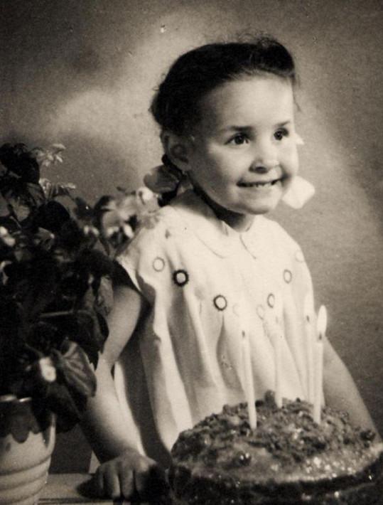 Jitka Zelenková jako čtyřletá holčička.