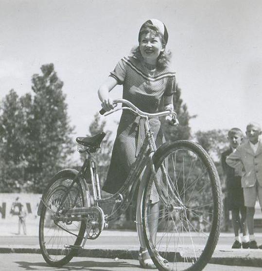 Zorka na Filmových žních ve Zlíně v roce 1940