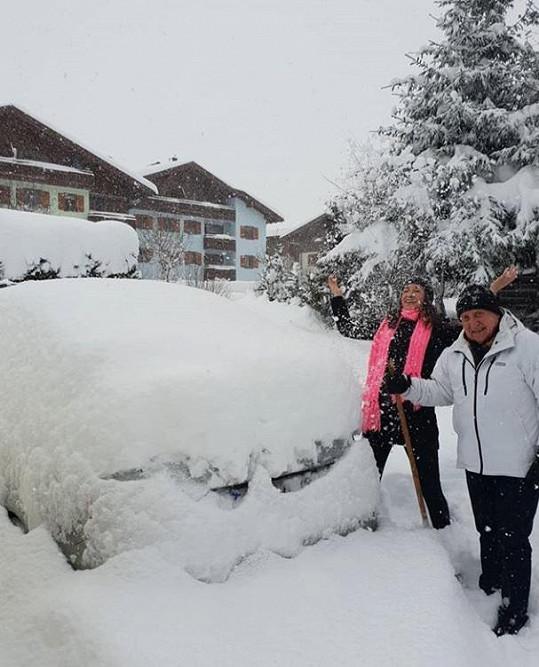 V Rakousku si naplno užívají zimu.