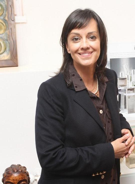 Tereza Brodská má velkou radost, že se stav maminky lepší.