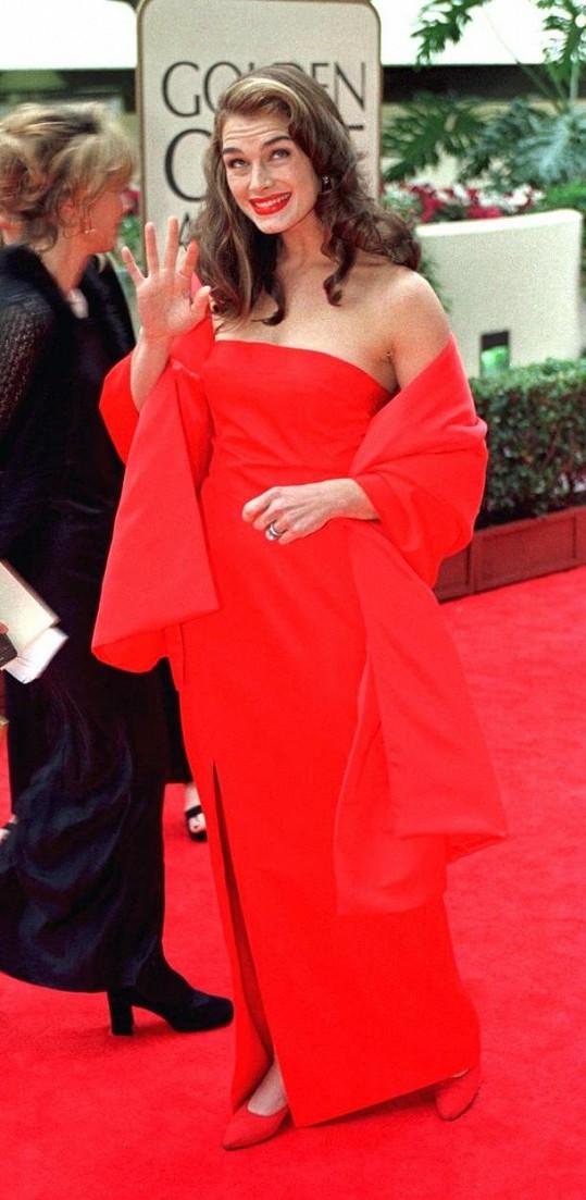 Róba, v níž Brooke Shields dělala parádu v roce 1998, slouží i další generaci.