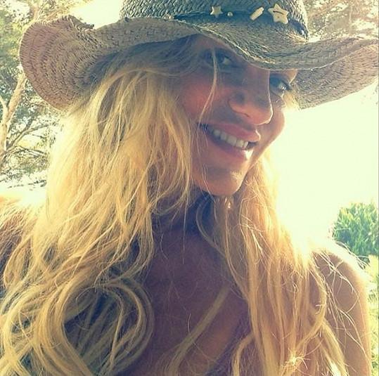 """""""Beach hair"""". Takto komentovala svou prázdninovou hřívu Rolins na sociální síti."""