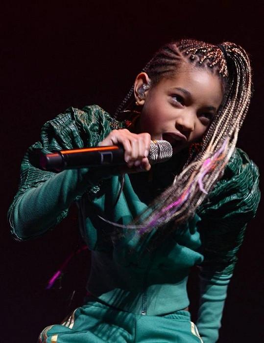 Willow má úspěšně rozjetou pěveckou kariéru.