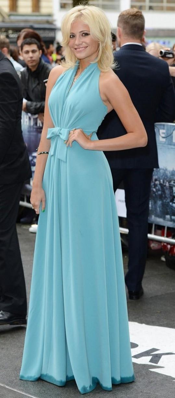Pixie Lott na premiéře filmu Temný rytíř povstal v Londýně.