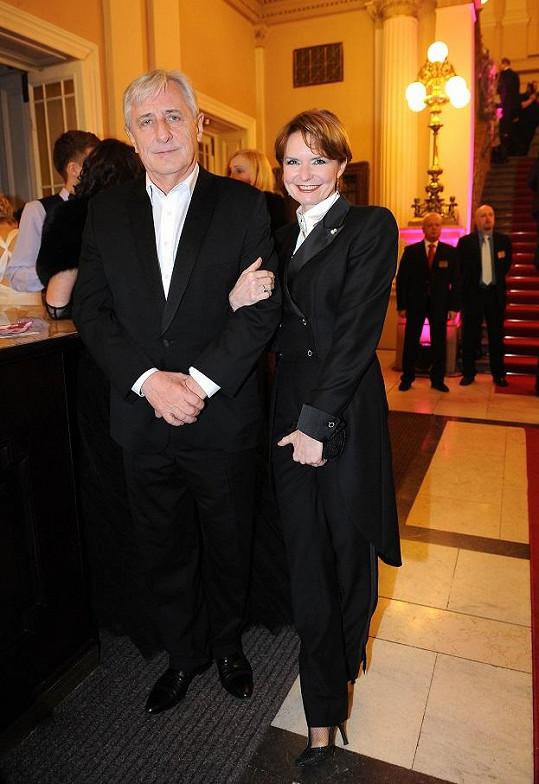 Hana Heřmánková se vyladila podle svého manžela Karla.