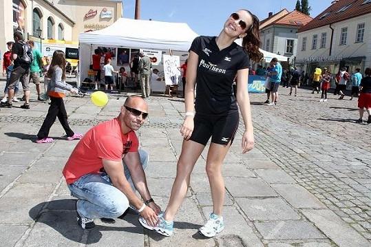 Jitce Válkové pomáhal osobní trenér, přítel Míra Cypra.