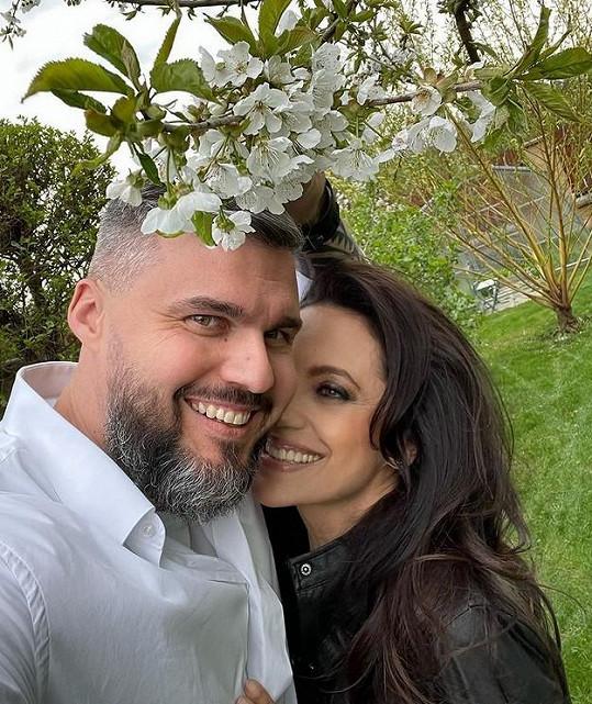 Zpěvačka Lucie Bílá a partnerem Radkem