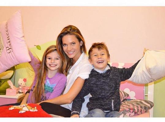 S dětmi Vanesskou a Danielem