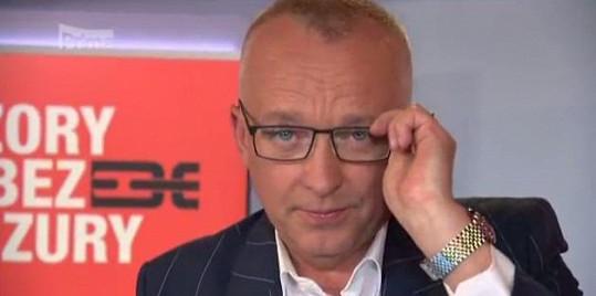 Karel Voříšek poprvé ve zpravodajství v brýlích.
