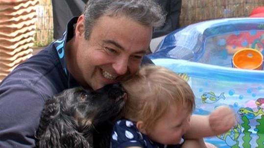 Claudie miluje psy.