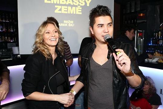 Podílela se na natáčení i křtu nového klipu Marcusovy kapely Embassy.