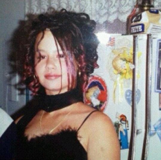 Amber Rose na třináct let starém snímku.