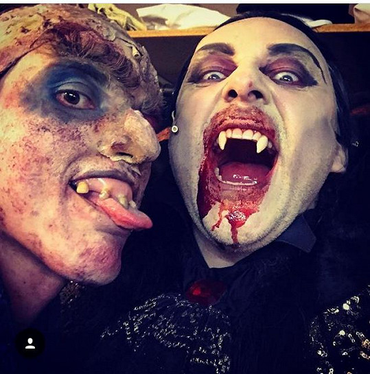 """Výraznou postavou muzikálu je i """"zombík"""" Koukol."""