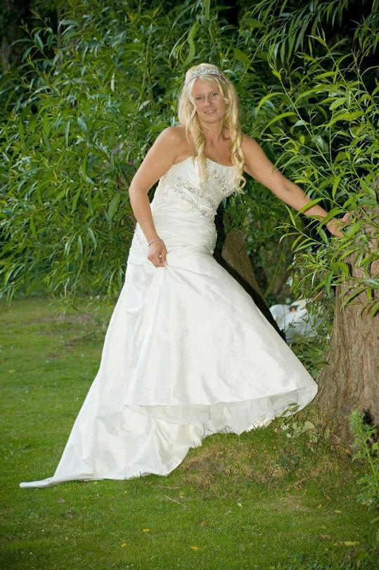 Povedlo se, svatbu měla v roce 2013.