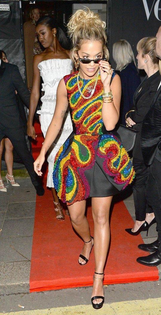 Na párty magazínu Vogue přišla také Rita Ora.