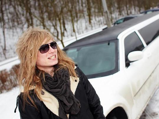 Rocker Miro Šmajda prý v autě poslouchá Nedvědy.