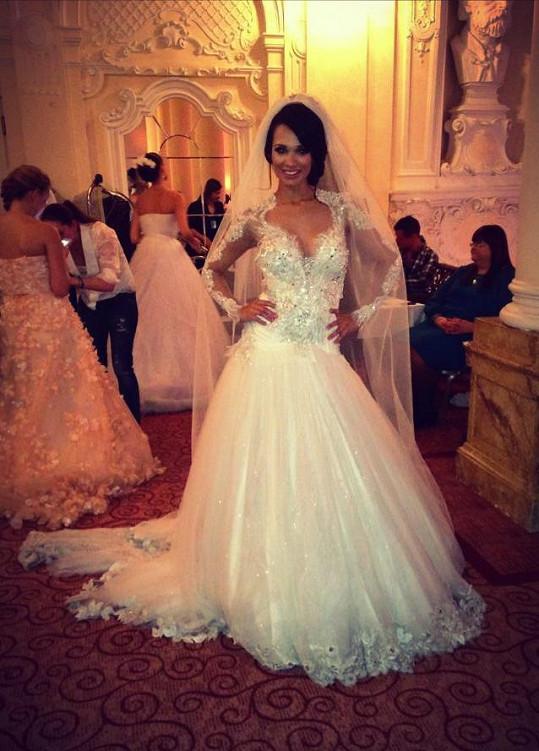 Gábina by byla krásná nevěsta.