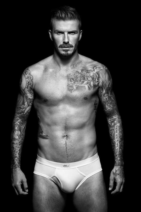 Beckham a jeho pověstné mužství v jeho nové kolekci opět vyniklo.