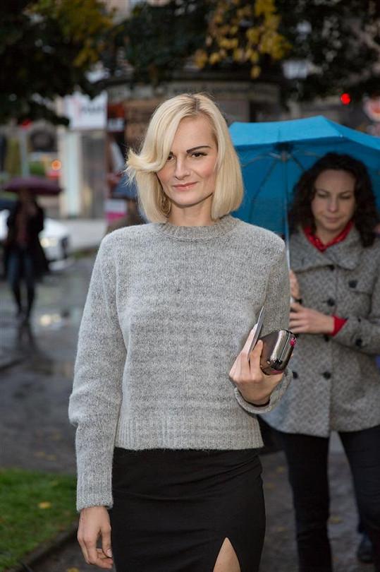 Novou kolekci Diesel Black Gold si přišla prohlédnout módní maniačka Iva Pazderková.