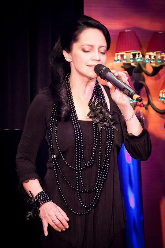 Vystoupení Lucie Bílé v Buddha-Bar Hotelu.