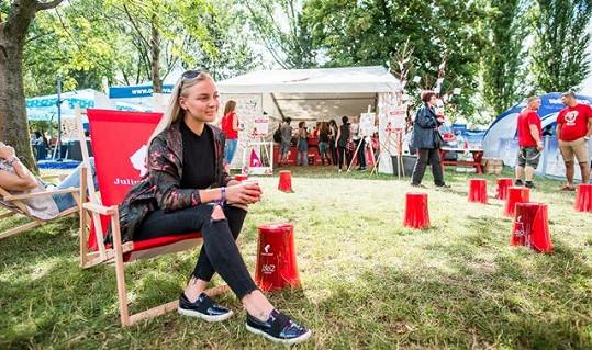 Zpěvačka se zúčastnila festivalu Colours of Ostrava.