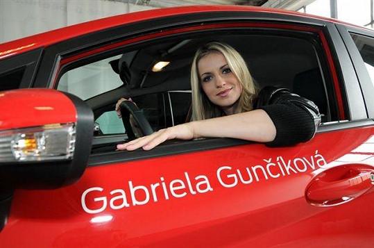 Gabriela Gunčíková už se těší, až bude moct svůj vůz řídit sama.