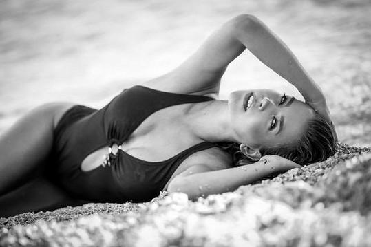 Mariana se od třinácti let věnuje modelingu.
