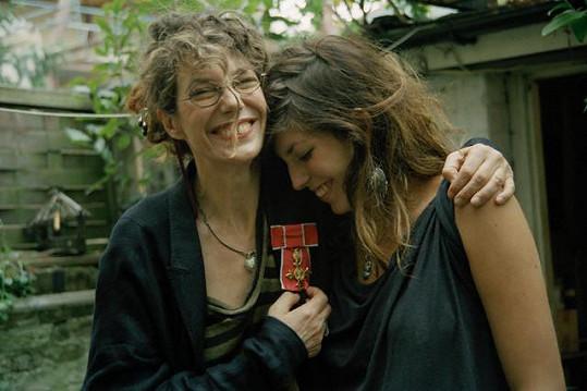 Lou Doillon s maminkou Jane Birkin v roce 2008