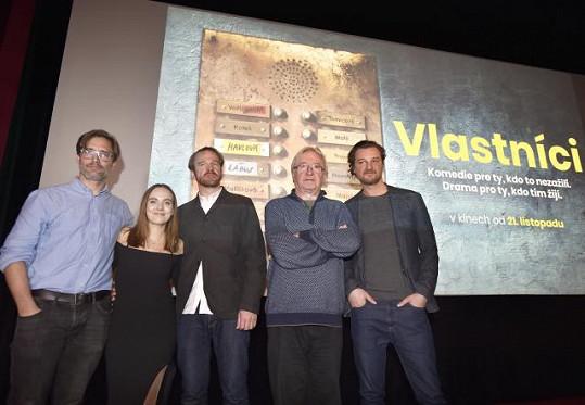 Tereza s kolegy a tvůrci snímku Vlastníci, zleva Jiřím Havelkou, Stanislavem Majerem, Jiřím Lábusem a Andrejem Polákem