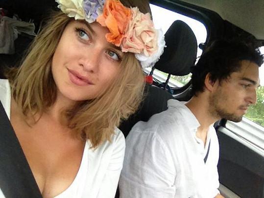 Na dovolenou vyrazila s přítelem Jordanem Hajem.