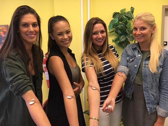 Aneta Vignerová, Monika Leová, Eva Čerešňáková a Hana Věrná darují krev pravidelně.