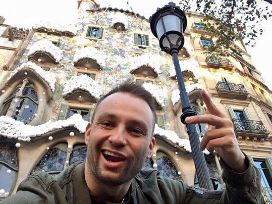 Prohlédli si i Gaudího slavné stavby.