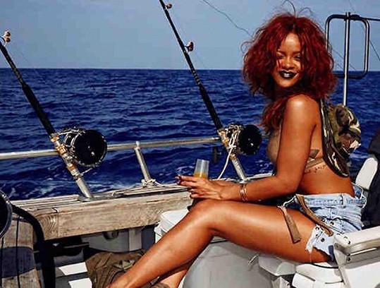Rihanna si užila plavbu na rybářské lodi.