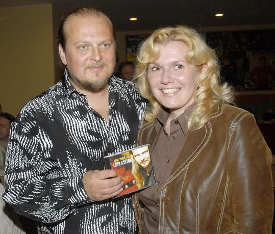 Láďa Křížek s manželkou Taťánou na křtu alba Nejde vrátit čas (2007)