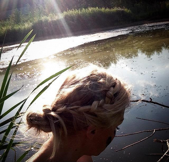 Kateřina miluje přírodu a nahotu.