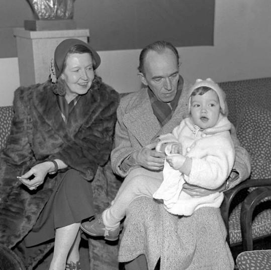 Suzanne Marwille s Martinem Fričem a dcerou