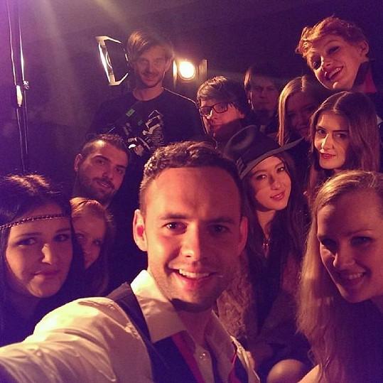 A jedna selfie z natáčení...