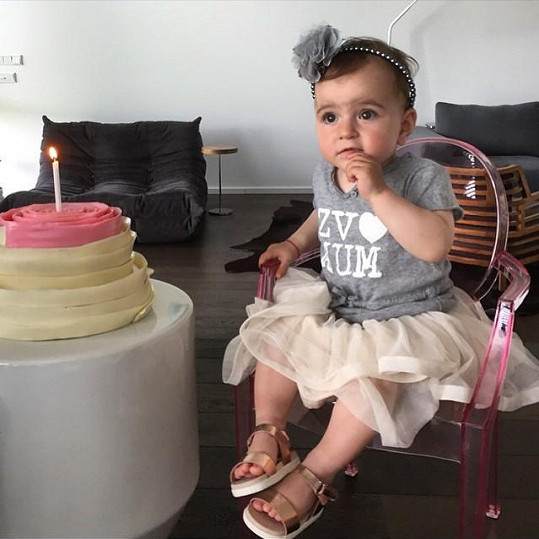 Isabela oslavila v červnu své první narozeniny.