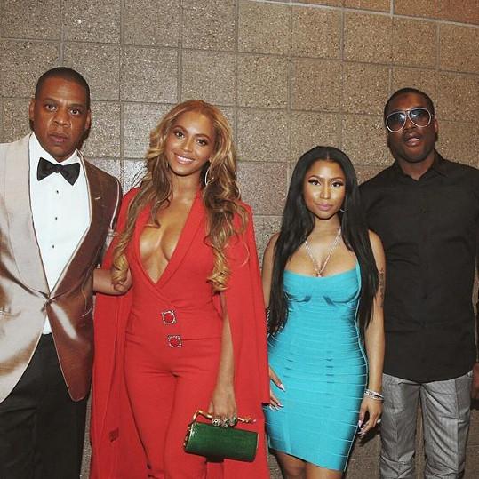 Beyoncé onoho večera zastínila i rivalku Nicki Minaj.