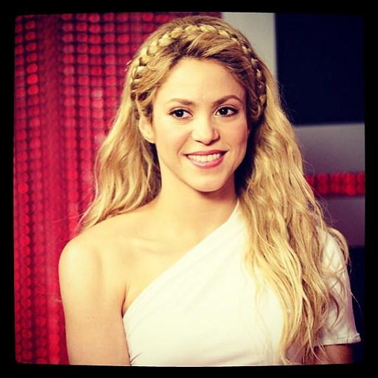 Na udílení cen se objevila i Shakira.