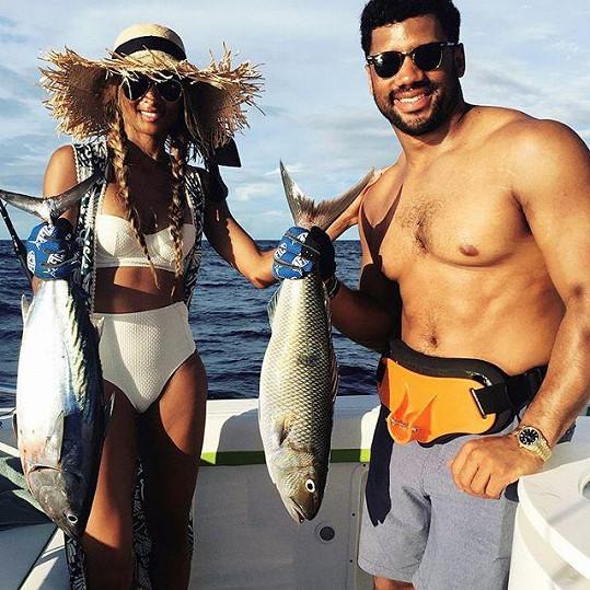 Ciara se provdala za Russella Wilsona.