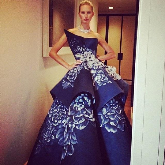 Karolína se chlubila fantastickými šaty na sociální síti.