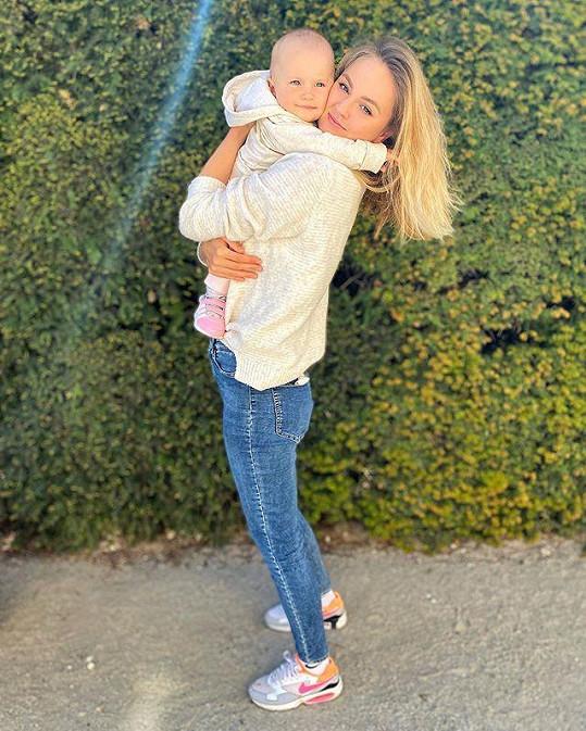 Malá Lilien je mamince hodně podobná.