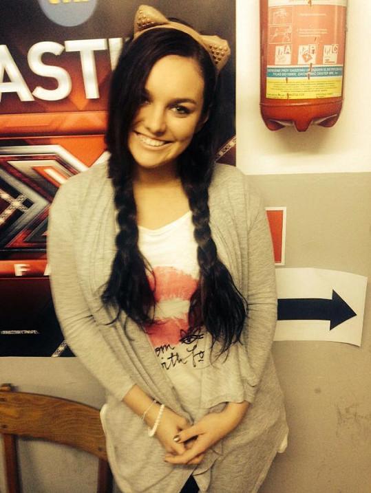 Ewa Farna zhubla, s copánky vypadá jako rozpustilá teenagerka.