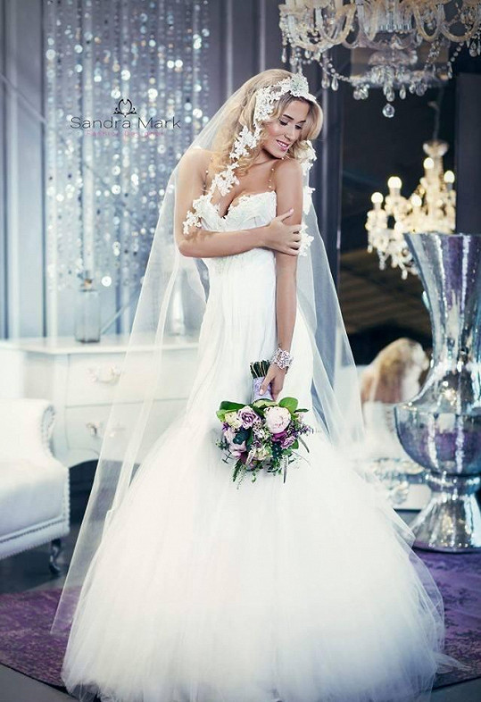 Veronika Kopřivová ve svatebních šatech