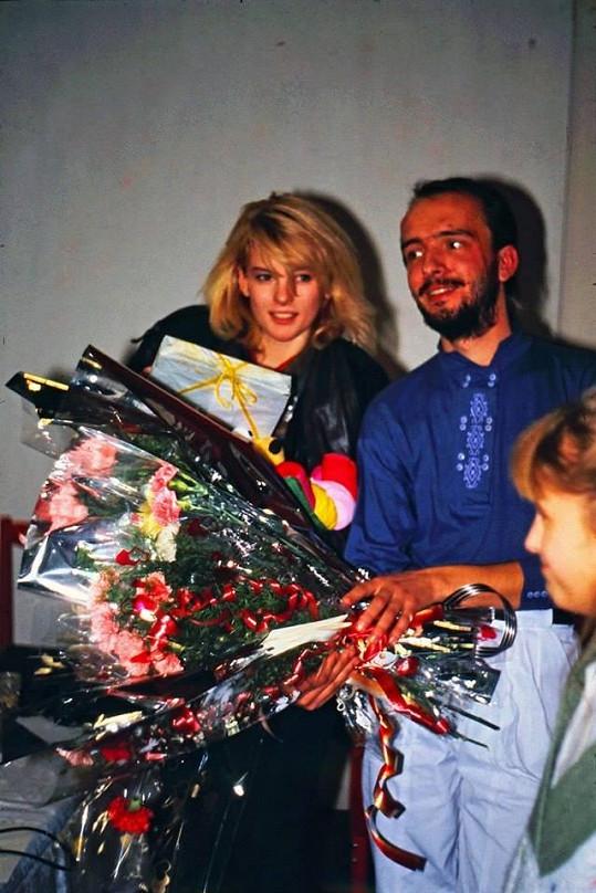 Iveta Bartošová s šéfem fanklubu Petrem Mráčkem po jednom z úspěšných koncertů